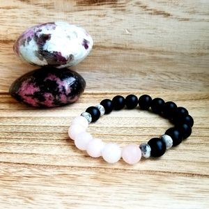 Onyx & Rose Gemstone Bracelet